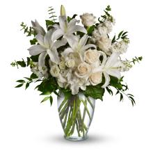 Dreams From the Heart Bouquet by Teleflora