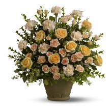 Teleflora\'s Rose Remembrance